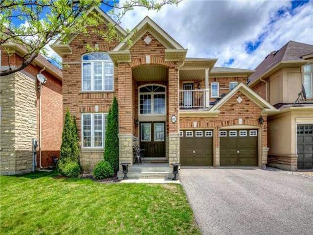 82 Morland Cres