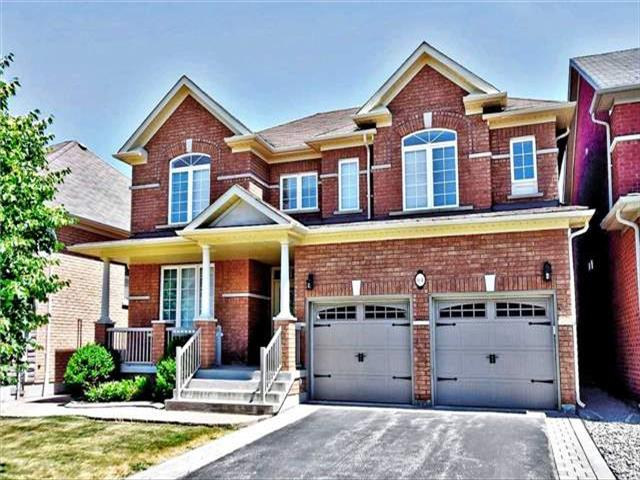 114 Morland Cres